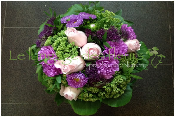 Flower Delivery Munich, Bouquet purple and pink flowers